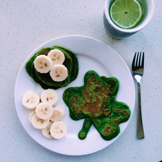 Popeye Spinach Pancakes - green food that actually tastes good!