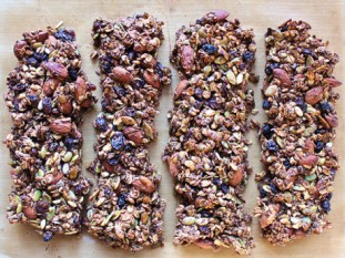 Pumpkin is my favorite Season: pumpkin granola bars